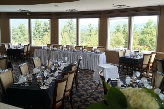 white mountain hotel and resort dining room set up for wedding - Dining Room Set Up