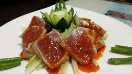 นิวลอนดอน, คอนเน็กติกัต: Tuna tartare...seared?