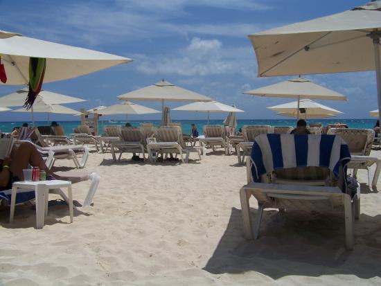 Hotel Banana: Playa mamitas por la mañana