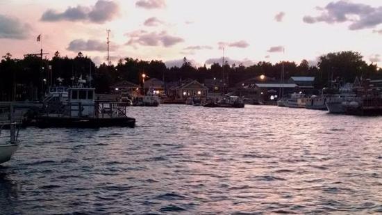 Tobermory Princess Hotel: Baie marina