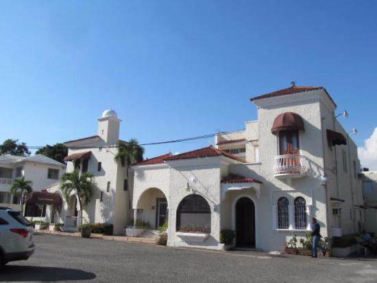 The Prettiest Neighborhood In Santo Domingo Review Of Gazcue