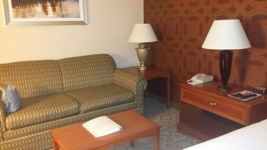 Holiday Inn Express Poughkeepsie: 20160124_185957_large.jpg