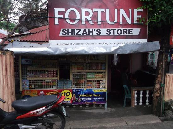 Νησιά Visayan, Φιλιππίνες: Local Sari store and internet cafe San Angel Antique Philippines.