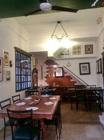 Leona -Art Restaurant: C360_2015-11-16-16-26-07-633_large.jpg