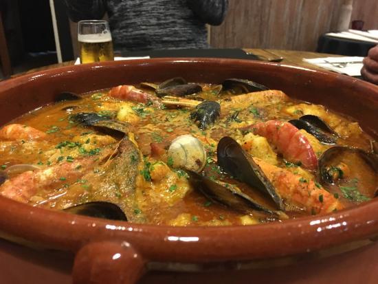 Premia de Mar, Espagne : Carnes y pescados para todos los gustos.. , aceptamos peticiones!!