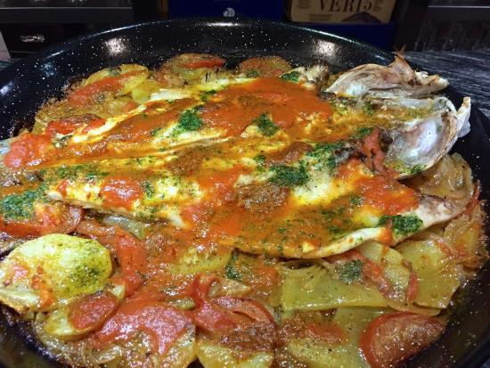 Premià de Mar, España: Carnes y pescados para todos los gustos.. , aceptamos peticiones!!
