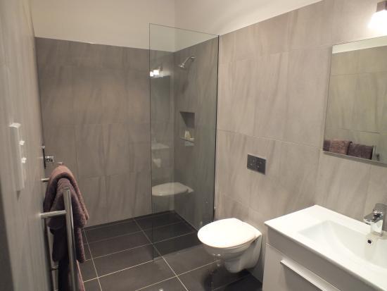 Reefton, New Zealand: Ensuite Bathroom