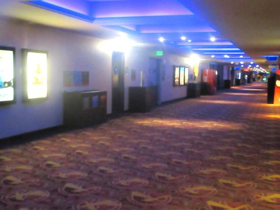 AMC Metreon 16