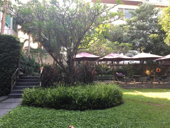 Sukhumvit 12 Bangkok Hotel & Suites: photo0.jpg