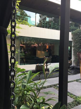 Sukhumvit 12 Bangkok Hotel & Suites: photo1.jpg