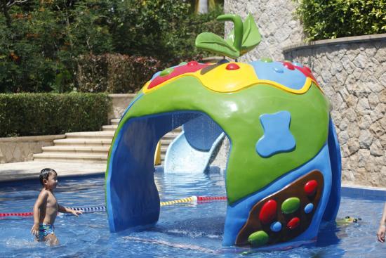 Sanya Marriott Yalong Bay Resort & Spa: Kids pool area