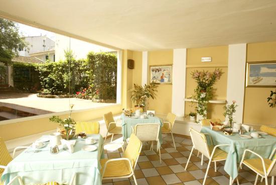 Rosignano Solvay, Włochy: sala colazioni