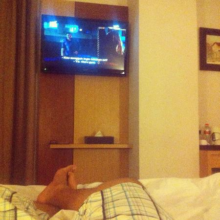 small tv but not bad picture of the cube hotel yogyakarta region rh tripadvisor co uk