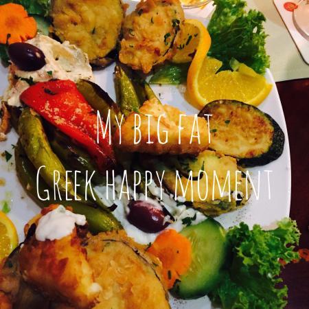 griechisch essen mit freunden k stlich bild von notos bremen tripadvisor. Black Bedroom Furniture Sets. Home Design Ideas