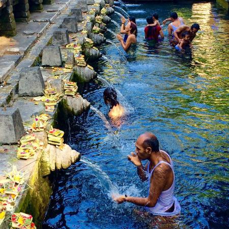 Kerobokan, Indonésie : Tirta Empul