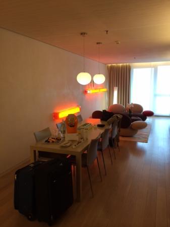 Wohnbereich Bild Von Side Design Hotel Hamburg Hamburg Tripadvisor