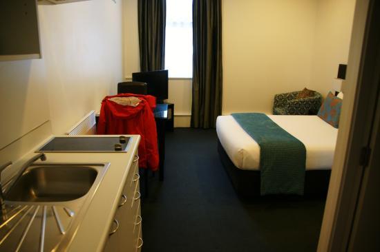 Gilmer Apartment Hotel Photo