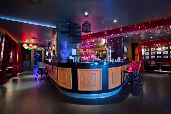 Paramount Bar