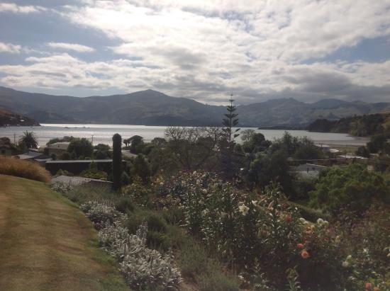 L'Abri: Garden view