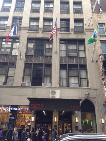 The Red Roof Inn Manhattan New York Best Image Voixmag Com