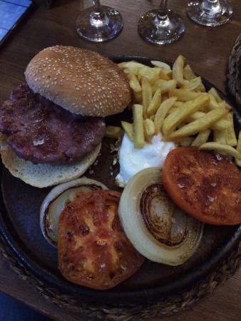 El Arroyo de la Miel, España: Dejlig mad og stemning