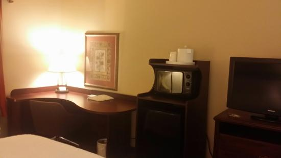 Hampton Inn Washington: 20160201_211758_large.jpg