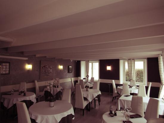 Paimpol, Frankrig: Salle de restaurant