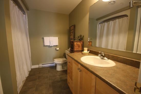 premiere suites moncton updated prices reviews photos new rh tripadvisor ca