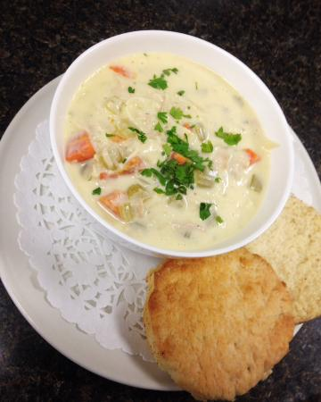 Granville Ferry, Canadá: Creamy chicken noodle soup