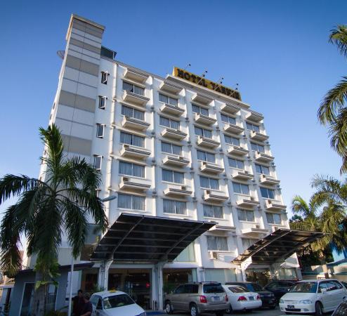 Hotel Yankin: Hotel Facade