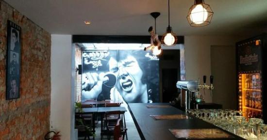 Presley Pub