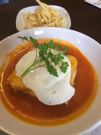 ‪‪Bolton‬, UK: FRANCESINHA‬