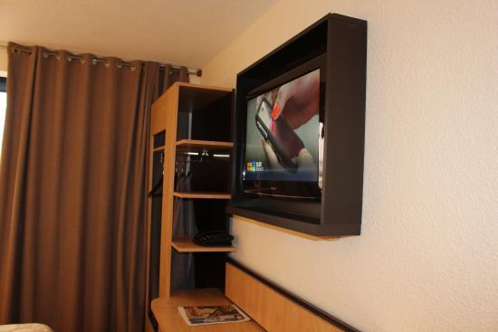 Eurohotel Orly Rungis : tv