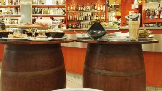 Montelupo Fiorentino, Włochy: Bar Pasticceria Royal
