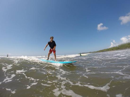 Uvita, Costa Rica: surfing in dominical