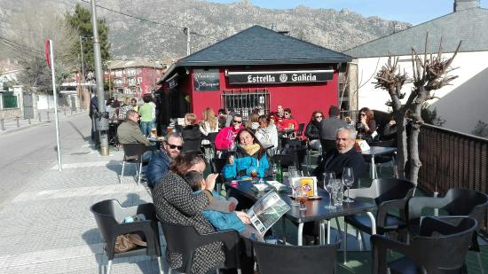 Mataelpino, Spagna: Disfrutando