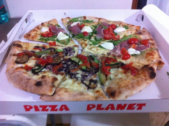 pizza planet trento restaurant bewertungen telefonnummer fotos tripadvisor. Black Bedroom Furniture Sets. Home Design Ideas