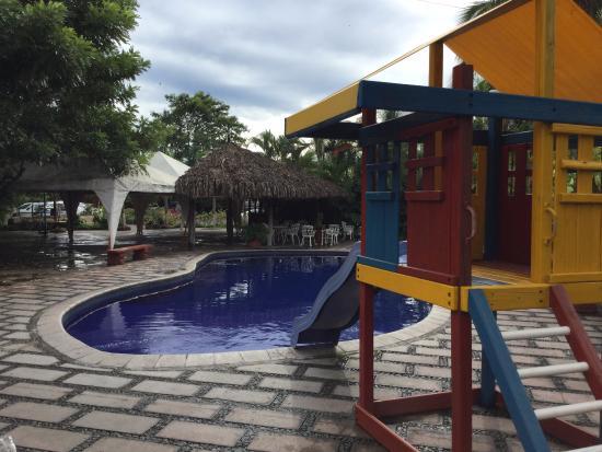 Hotel Plaza Tecoman