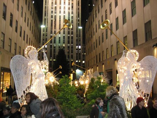 Chichen Itza, Mexico: Christmas decorations at the Rockefeller Center prior  to the lighting of - Christmas Decorations At The Rockefeller Center Prior To The
