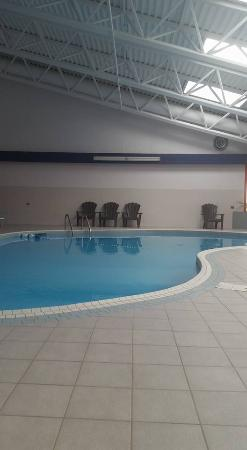 Уэлленд, Канада: Heated Indoor Saltwater Pool