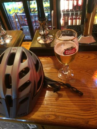 Livingston, UK: Lovely pub for a cycle 😀