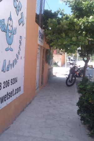 lane to wet set diving adventures hotel ojo de agua pto morelos