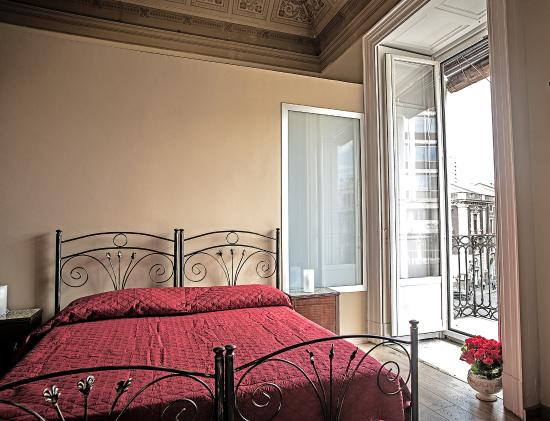 camera bellini picture of b b acanthus catania tripadvisor rh tripadvisor co za