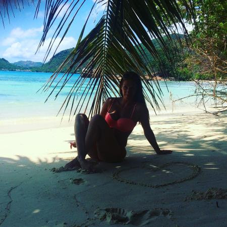 Anse Takamaka, เซเชลส์: Take a walk to the left of the resort for a more beautiful beach