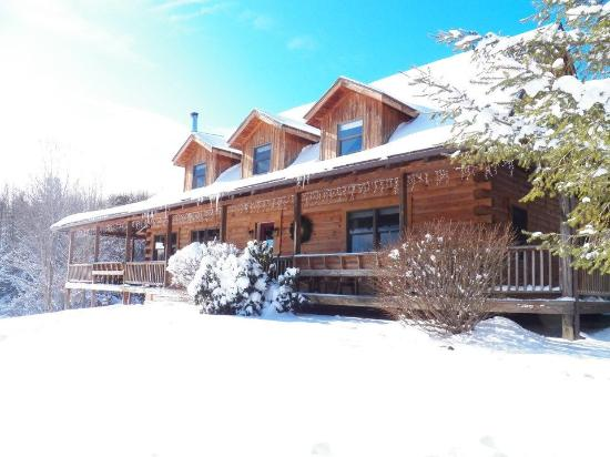 Naples, NY: the Lodge in Winter