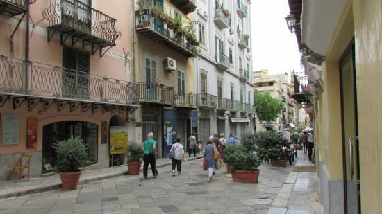 Via Vittorio Emanuele Palermo Photo De Palerme