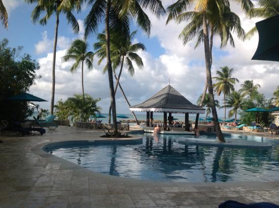 Rendezvous Resort: Main pool