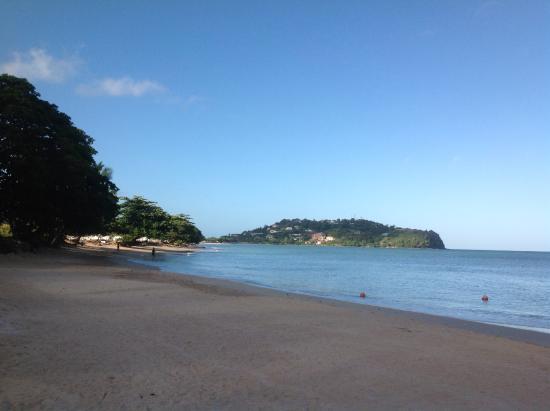 Rendezvous Resort: Beach