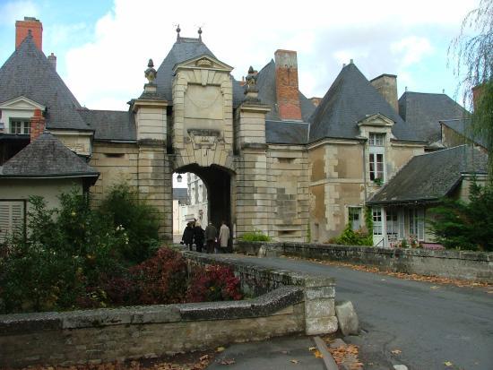 Entrée de la ville de Richelieu (Indre et Loire)