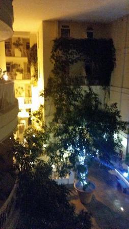 Sefton Hotel: 20160131_185906_large.jpg